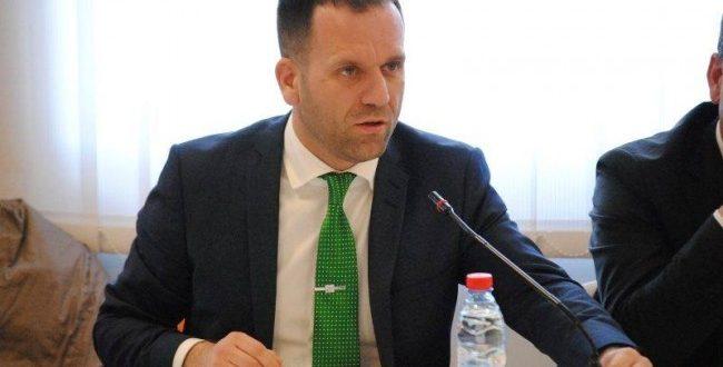 Kryetari i OEK-ut, Berat Rukiqi tëhotë se Kosovës i duhet rritje e skemës zhvillimore e jo sociale