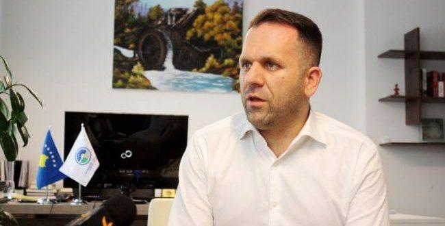 Berat Rukiqi: Rritja e pagave në sektorin publik shkon në dëm të projekteve kapitale që kanë rëndësi për ekonominë