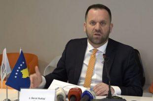 Berat Rukiqi: Përhapja e pandemisë duhet të parandalohet me vetëdijesim e jo me mbyllje të bizneseve
