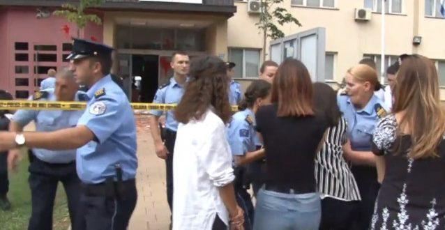 Policia e Kosovës arrestoi 8 aktivistë të Vetëvendosjes