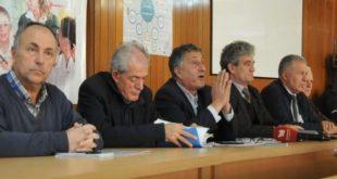SBASHK paralajmëron grevë në shtator pas vendimit të kryetarit të Dardanës për mbylljen e 19 shkollave në këtë komunë