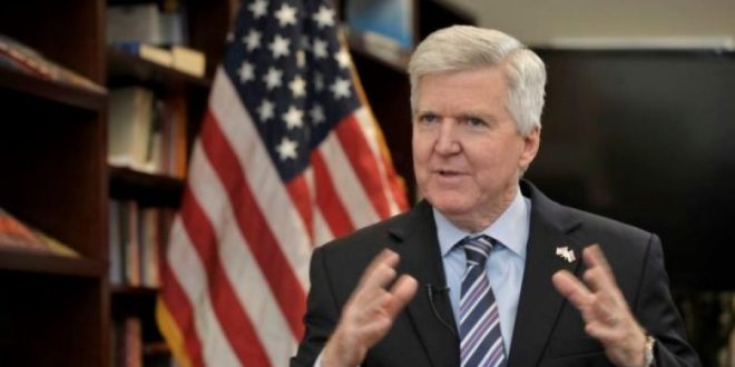 Kyle Scott: Çështja e Kosovës është një prej pengesave kryesore për raportet ndërmjet Uashingtonit dhe Beogradit