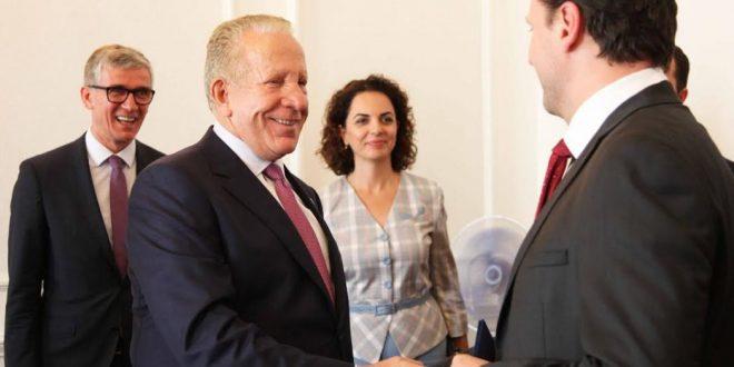 Zëvendëskryeministri Pacolli takon kryetarin e Dhomës së Deputetëve të Parlamentit të Çekisë, Radek Vondráček