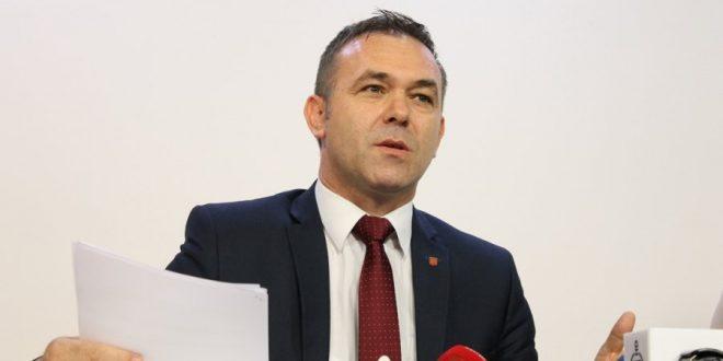 Rexhep Selimi thotë se në kuadër të opozitarizmit Vetëvendosje-LDK, ka pasur edhe përplasje, varësisht nga temat