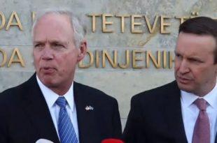 Senatorët amerikanë, Chris Murphy dhe Ron Johnson pas vizitës në Prishtinë po qëndrojnë edhe në Beograd