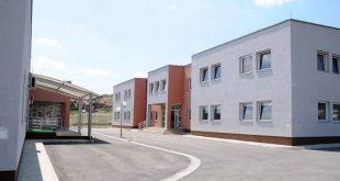 Agjencitë e OKB-së rishikojnë kushtet e azil-kërkuesve në Kosovë