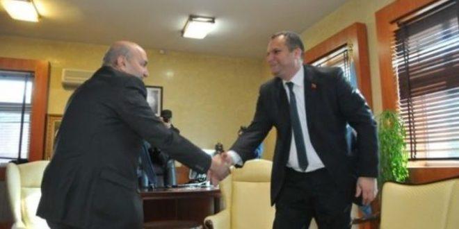 Kryetari i PSD-së, Shpend Ahmeti është takuar gjatë ditës se sotme më kreun e LDK-së, Isa Mustafa