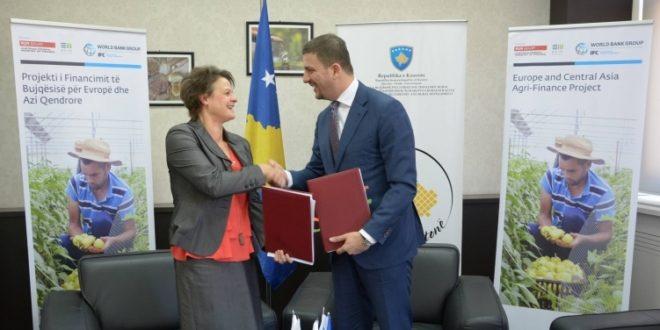 MBPZHR-ja dhe IFC-ja nënshkruan një marrëveshja për sigurimet bujqësore