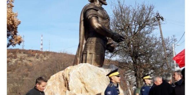 Me rastin e shënimit të 575 vjetorit të Lidhjes së Lezhës, sot në Klinë do të zbulohet busti i Skënderbeut