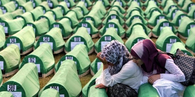 23 vjet nga gjenocidi serb në Srebrenicë, ku janë vrarë mbi 8.000 njerëz të pafajshëm