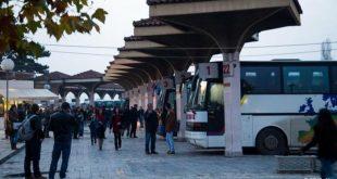 Transportuesit rrugorë në rajonin e Prizrenit ndërpresin grevën