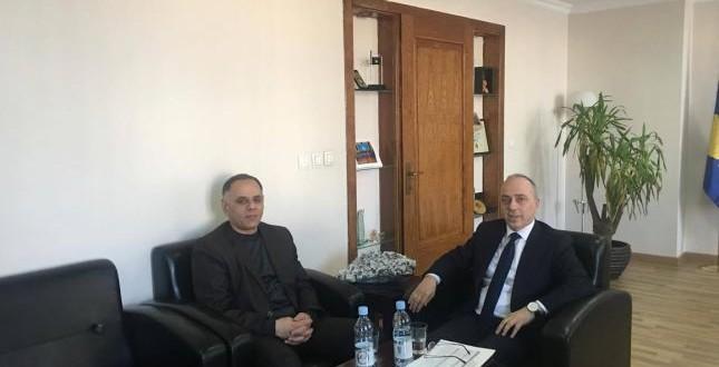 Lutfi Zharku dhe Rufki Suma u pajtuan për fillimin e punëve në rrugën Hani i Elezit – Gorancë – Glloboqicë