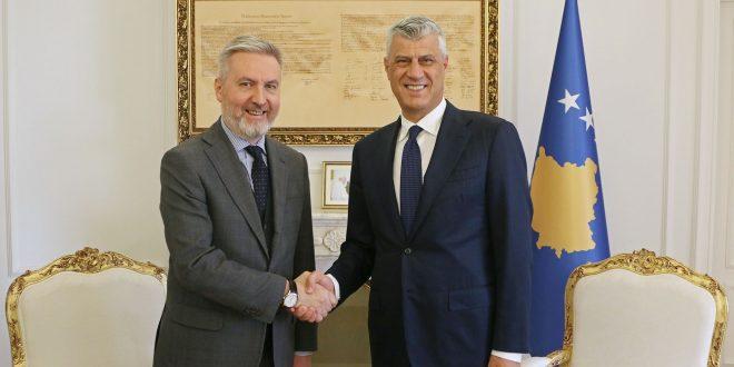 Kryetari Kosovës, Hashim Thaçi, ka pritur në takim ministrin e Mbrojtjes të Italisë, Lorenzo Guerini