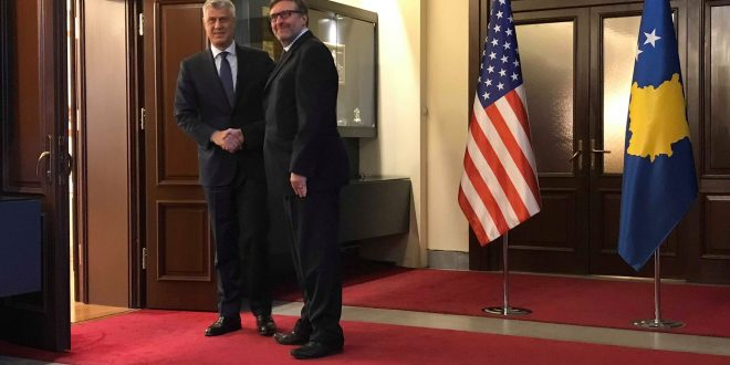 Thaçi takon Palmerin thotë se me të ka biiseduar për nevojën e shpejtë të themelimit të institucioneve të Kosovës