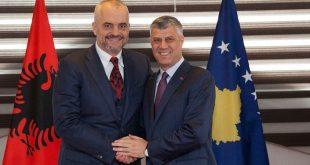 Kryetari i Kosovës, Hashim Thaçi është takuar me kryeministrin shqiptar, Edi Rama