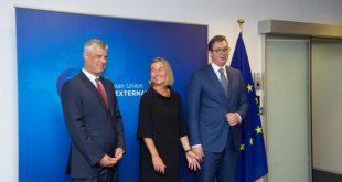"""""""Der Tagesspiegel"""": Federica Mogherini ka nxitur planet e rrezikshme për shkëmbimin e territoreve mes Serbisë dhe Kosovës"""