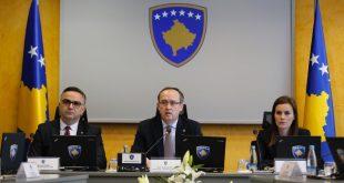 Qeveria e Kosovës i ndan 1.2 miliardë euro për rimëkëmbjen ekonomike të vendit pas pandemisë