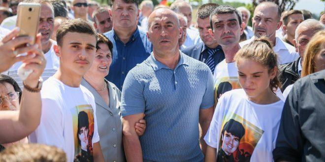 R. Haradinaj: Gushti i vitit 1998, na kujton qëndresën titanike të djemve të Dukagjinit në mbrojtje të pozicioneve të luftës