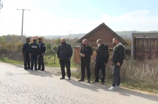 OVL-UÇK e cilëson si maltretim trajtimin që po i bëhet Jakup Krasniqit, i cili po merret në pyetje brenda shtëpisë së tij nga EULEX-i