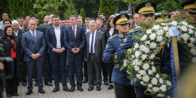 Haradinaj thotë se nuk do të ndalemi derisa ta fitojmë betejën për drejtësi dhe ta kodifikojmë të drejtën tonë