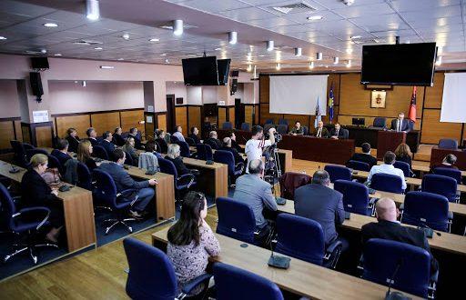 Reagim i grupit të këshilltarëve të LDK-së në Kuvendin e Komunës së Prishtinës