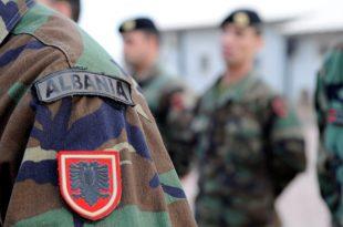 """Trupa nga 10 vende anëtare të NATO-s e fillojnë sot stërvitjen ushtarake """"Albanian Effort 19"""" në Bizë të Shqipërisë"""
