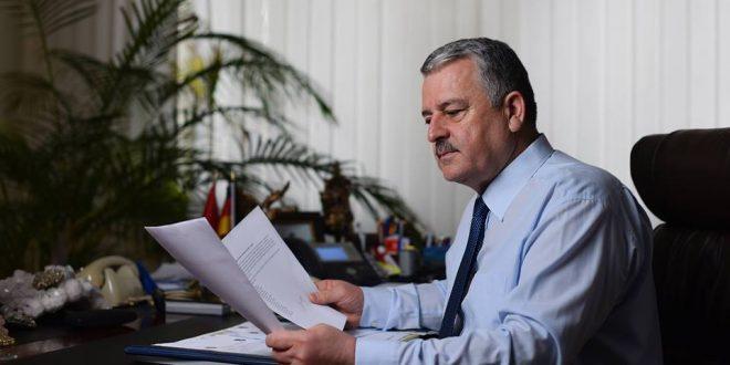 Për deputetët e opozitës është e papranueshme mos raportimi i ministrit Veliu në Komision për shkarkimin e Rashit Qalajt