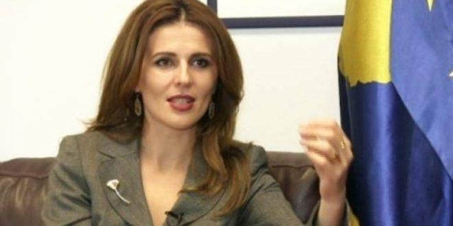 Ambasadorja e Kosovës në SHBA, Vlora Çitaku reagon ndaj mediave serbe të cilat vazhdojnë ta sulmojnë atë