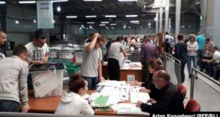 Në Qendrën e Numërimit të Rezultateve deri me tani janë rinumëruar mbi 1000 kuti apo afër 80% të vendvotimeve