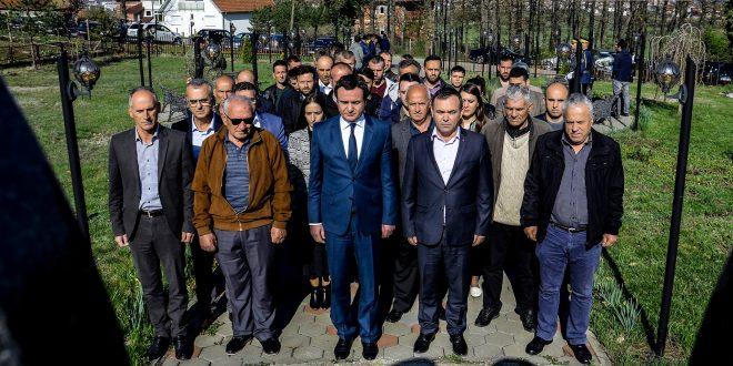Lëvizja Vetëvendosje përkujtoi 20-vjetorin e Masakrës së Poklekut