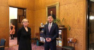 Kryekuvendari, Kadri Veseli, u takua me kryetaren e Parlamentit të Finlandës, Paula Risikko