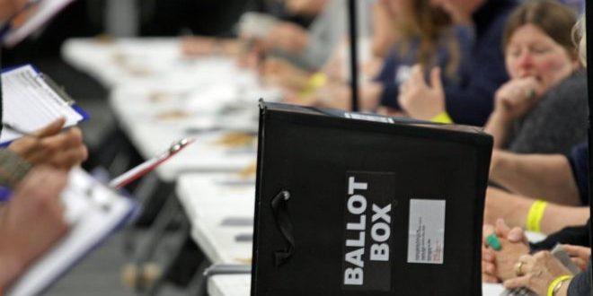 Britanikët dhe holandezet fillojnë sot votimin për të zgjedhur përfaqësuesit e tyre në Parlamentin Evropian