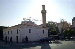 Prokuroria e Nishit: Përdhosja me grafite e Xhamisë në qytetin e Nishit nuk është vepër penale