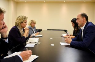 Visar Ymeri: E njoftova zonjën Apostolova me domosdoshmërinë e ndryshimit të kursit politik të qeverisjes në Kosovë