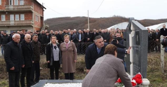 """Jashari: Sot në 30 vjetorin e rënies e kujtojmë Selman Vojvodën prijësin e protestës popullore """"Demokraci kundër dhunës"""""""