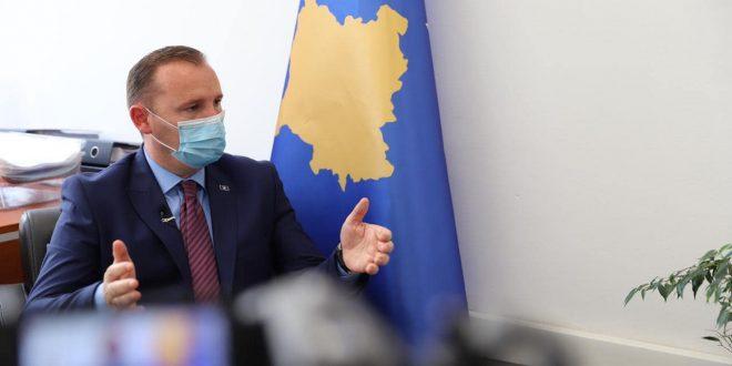 Armend Zemaj: Qeveria është treguar neglizhente ndaj pandemisë duke krijuar pasqyrimin se ajo ka mbaruar në Kosovë