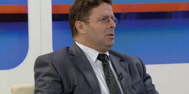 """Prof. Zeqir Veselaj: Një """"quo vadis"""" për mjedisin"""