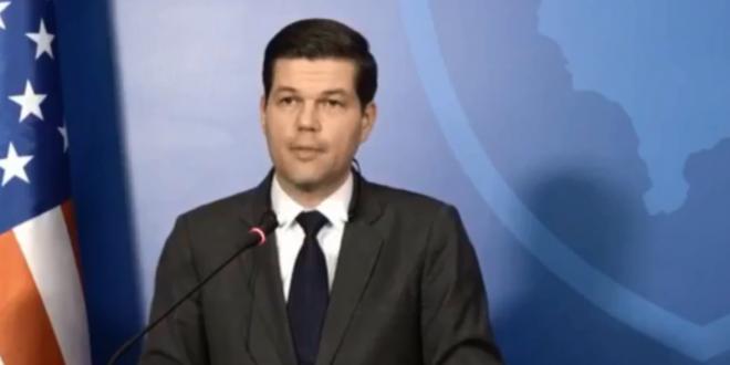 Zëvendëssekretari amerikan i Shtetit për Çështje Evropiane dhe Evroaziatike, Wess Mitchell: Kosova duhet ta zgjidhë çështjen e demarkacionit
